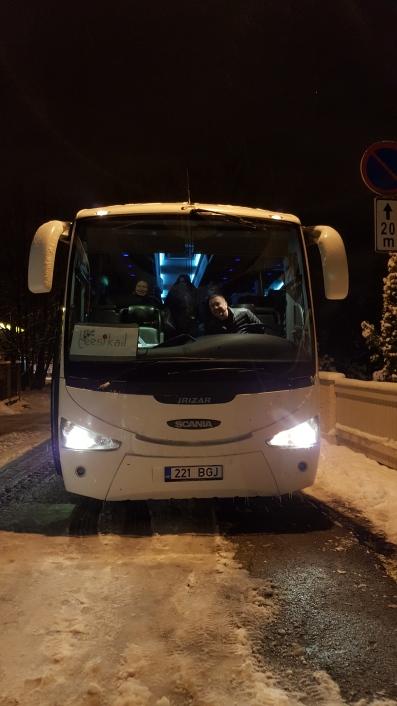 Leesikate ja Maatasa buss